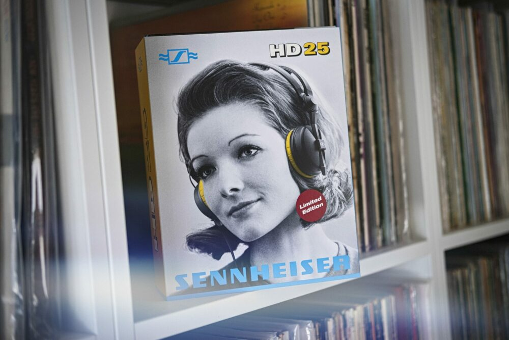 kochstrasse.agency Credentials & Cases – Sennheiser – HD 25 Limited Edition Packaging 75 Years of Sennheiser
